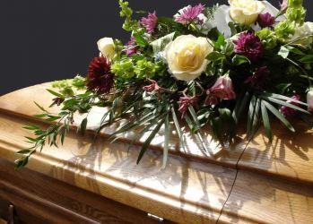casa funerara sfanta treime