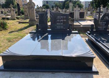 travertini monumente funerare 1